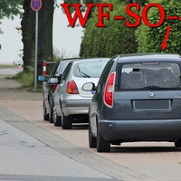 Blitzer in Ahlum, Wolfenbütteler Straße, höhe Sportplatz. 50 kmh. Richtung Wolfenbüttel, gegenüber vom Sportplatz in den Parkbuchten, steht der graue Skoda Roomster (WF-SO-42).