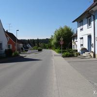 Anfahrt von der Ortsmitte Möggingen Richtung Radolfzell.