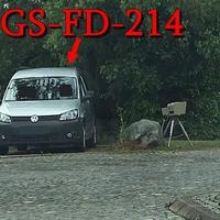 Blitzer in Gut Grauhof, ESO Einseitenmesssensor, der silberne VW Caddy (GS-FD-214) steht in der Nähe. 70 kmh. Wie immer nettes Messpersonal.