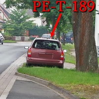 Blitzer auf der B 65 in Dungelbeck nach der Kurve am Friedhof in Fahrtrichtung PE Vechelde / Braunschweig. 50 kmh. Rostbraun roter Opel Astra Kombi (PE-T-189).