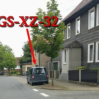 Blitzer in Harlingerode, Viehweide, 50 kmh. Grauer VW Caddy (GS-XZ-32), rechte Seite in den Parkbuchten.
