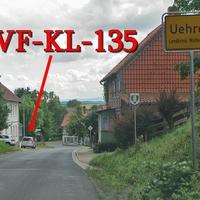 Blitzer in Uehrde, ca 150 Meter nach dem Ortseingangsschild, bergabwärts, auf der linken Seite. Silberner Skoda Roomster (WF-KL-135). 50 kmh. Aus Schöppenstedt kommend.
