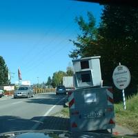 Traffistar S350 Semistation. Es werden beide Fahrrichtungen überwacht.