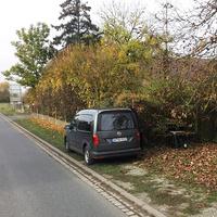 Neuer Messwagen der VPI Schweinfurt-Werneck: dunkelgrauer VW Caddy, neues Modell, Kennzeichen SW-WO 6532. Messgerät ist ein Vitronic Poliscanspeed. Hier fand die Messung in Gerolzhofen Richtung Frankenwinheim statt.