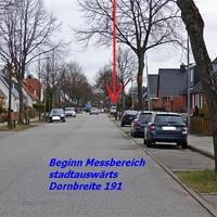 Anfahransicht von Schönböcken kommend im Tempo 30 Bereich in der Dornbreite Nr. 191 in Fahrtfichtung zur Krempelsdorfer Allee...