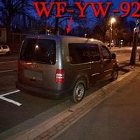 Blitzer auf der Helmstedter Straße (B1) stadtauswärts, grauer VW Caddy Maxi (WF-YW-925). Kurz hinter dem Hauptfriedhof, auf der rechten Seite in den Parkbuchten. 50 kmh. Wie immer sehr nettes Messpersonal an Board.