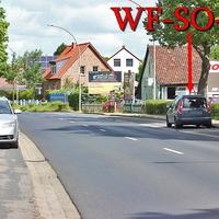 Blitzer auf der Halchterschen Straße, stadteinwärts, auf der rechten Seite in dem Parkstreifen, steht der graue Skoda Roomster (WF-SO-42). 50 kmh.
