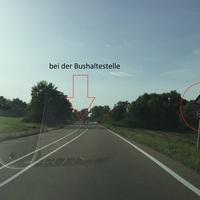 Blitzer steht direkt bei der Bushaltestelle auf Höhe Abzweigung nach Hammerstadt. Von Dewangen kommend leicht zu erkennen, da man zuerst das Auto sieht . Von Unterrombach kommend nicht zu erkennen.