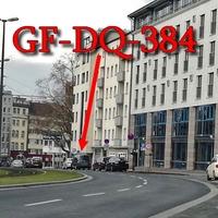 Blitzer auf der Auguststraße, stadteinwärts. Richtung Innenstadt (Schloss-Arkaden). Kurz hinter dem Penta-Hotel, rechts auf dem Parkstreifen / Halteverbot. 30 km/h. Grauer VW Caddy Maxi (GF-DQ-384).