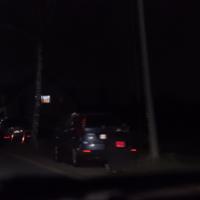 Anmerkung: Hinter der Bushaltestelle, stadtauswärts.  Messfahrzeug: Volkswagen Caddy