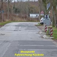 """Anfahransicht am """"Grüner Jäger"""" vorbei in Fahrtrichtung Kücknitz fahrend."""