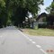 Enforcement-Trailer, in Richtung Ludwigslust. Nun unauffälliger hinter der Bushaltestelle platziert.