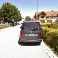 Nahansicht,einer von 3 VW Caddys von KDZ Oberland mit x2 Traffistar 350 am Bord