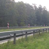 Selbe Messstelle der Verkehrspolizei, besseres Bild (incl. Heckkamera). Messung vormittags, Auslösung ab 83 km/h brutto.