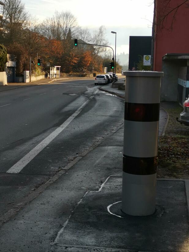 Normal_tuebingen-ortseingang-hagellocherweg03