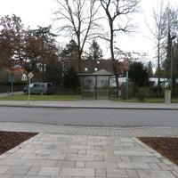 Übersicht  . Links Richtung Norden/Münchner PAasing Rechts richtung Bahnhof Locham
