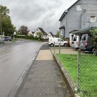 Weitere Messstelle in der Waldstraße. Geblitzt wurde in beide Richtungen. Als Messwagen diente ein grauer VW T5.