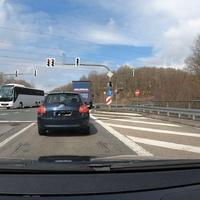 Messung auf der B62, dem Autobahnzubringer Siegen. Gemessen wurde in FR A45, kurz vor der Abbiegung zu Ikea.  Messgerät war der ES8.0, Messwagen ein schwarzer Ford.