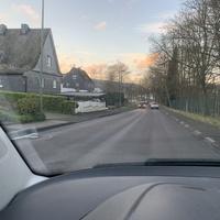 Beidseitige Kontrolle in der Waldstraße in Deuz. Hier in FR Netphen.