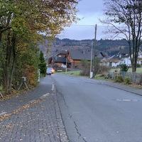 Kontrolle auf Höhe der Grundschule Johannland. Gemessen wurde in beide FR, Messwagen war ein grauer VW T5.