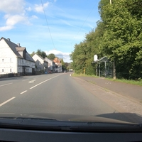Beidseitige Kontrolle in Allenbach, hier in FR Hilchenbach. Gemessen wurde kurz vor dem Elektronikladen.