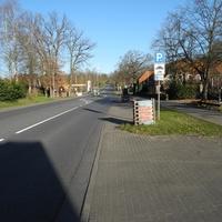 Ortsdurchfahrt B4 in Melbeck. HG 50km/h