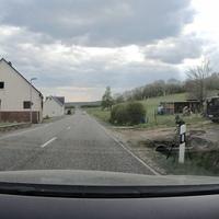 Auf der B255 In Hohenroth, FR Rehe. Messwagen war ein schwarzer Renault.