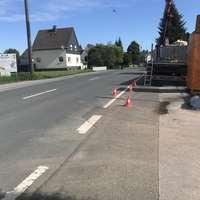 Blitzer Caddy blitzt in beide Richtungen. Richtung A1 kurz nach Ortseingang