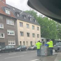 Danzierstraße, Mülheim, Höhe Grundschule Horststraße. Beide Richtungen, 30 km/h. Semistation K-LN 3108 seit 15.06.