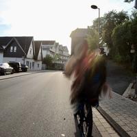 Blitzer in der Lahnstraße in Netphen, hier aus Deuz kommend. Einseitensensor ES8.0