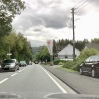 Kurz vor dem Ortsausgang Freusburg, FR Siegen.