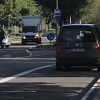 Heute stand der Caddy Richtung Kreisverkehr