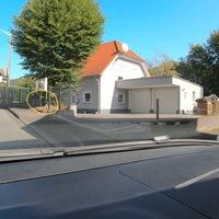 In Katzwinkel, FR Niederfischbach, auf Höhe der Schule. 30 Mo-Fr, zwischen 7-15:00 Uhr.