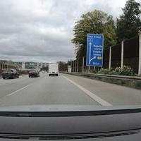 A1, FR Dortmund, auf Höhe der Abfahrt 93 - Wuppertal-Langerfeld. Linke und mittlere Spur 80, rechte Spur 60 erlaubt.