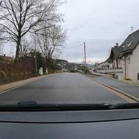 Kurz vor dem Ortsausgang Oberhees, FR Kreuztal.