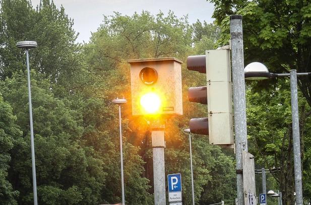 Normal_mid-rotlichtmessstelle-flensburg-02-750758